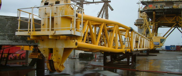 Liebherr BOS 36/1800D offshore crane