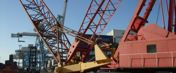 For Sale at www.offshore-crane.com_Manitowoc 4600 with Ringer Attachment