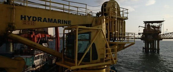 26 TON OFFSHORE KNUCKLEBOOM CRANE FOR SALE