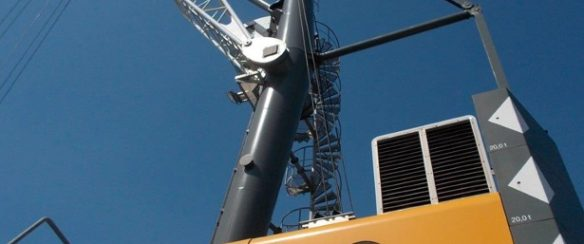 LIEBHERR LHM 280 FOR SALE - 4 ROPE CONFIGURATION MOBILE HARBOUR CRANE