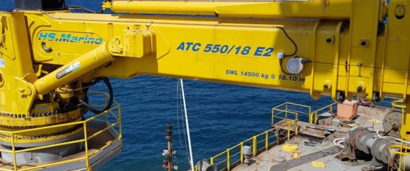 15 TON MARINE CRANE FOR SALE